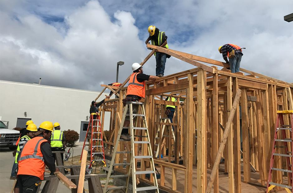 LBCC Students working at Construction Site