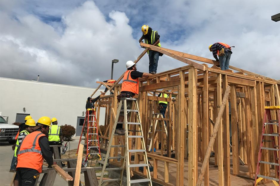 LBCC Construction Technology Students building houses
